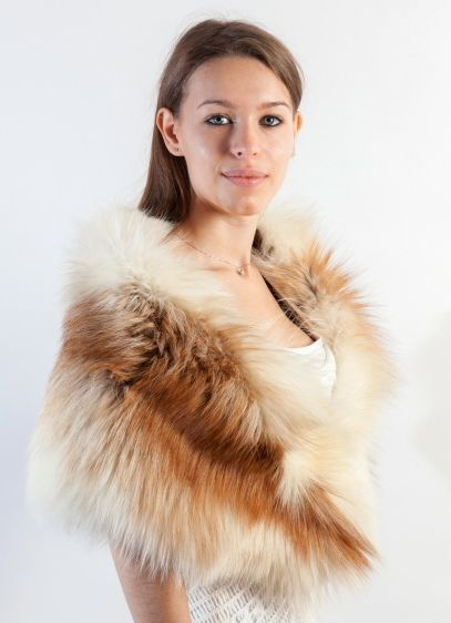 Fascinating and luxury platinum gold   fox fur stole. Wrap yourself in luxuriously soft fox fur stole. All our fur stoles & shawls  are handmade in Italy. Amifur.com