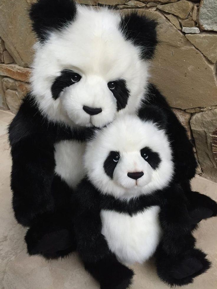 Fenella & Faith Panda Pairing 2017 Charlie Bears New Release