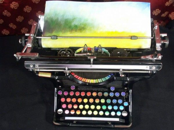 "Washington-based painter Tyree Callahan modified a 1937 Underwood Standard typewriter, replacing the letters and keys with color pads and hued labels to create a functional ""painting"" device called the Chromatic Typewriter.Make Art, Tyre Callahan, Keys, Colors, Rainbows, Free People, Painting, Letters, Chromatic Typewriters"