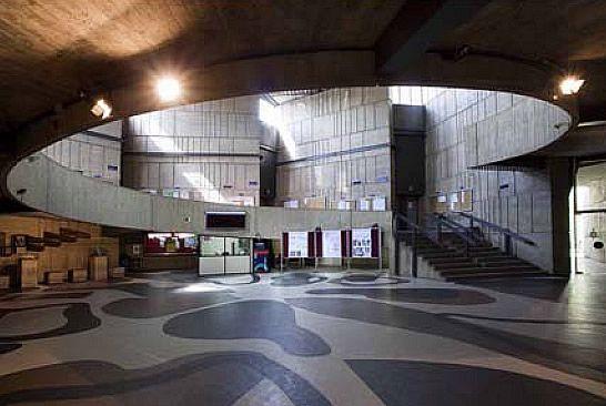 Facultad de Geología - Universidad de Oviedo - El Edificio de la Facultad