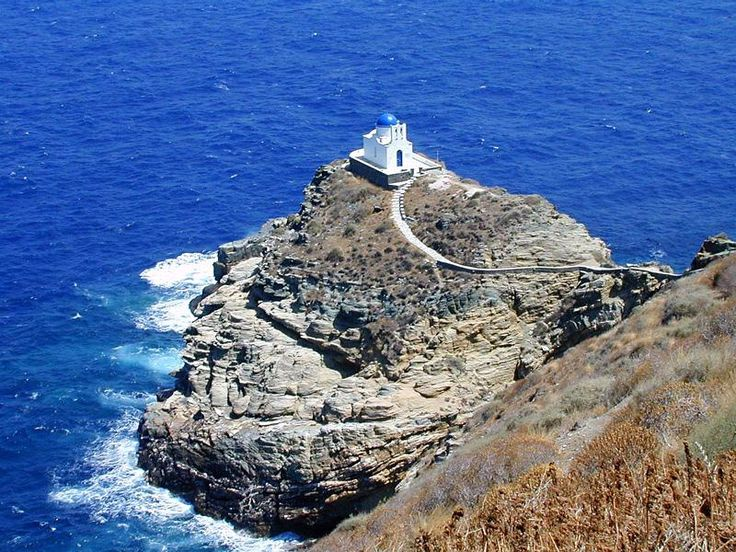 Sifnos - Church next to the Kastro anchorage