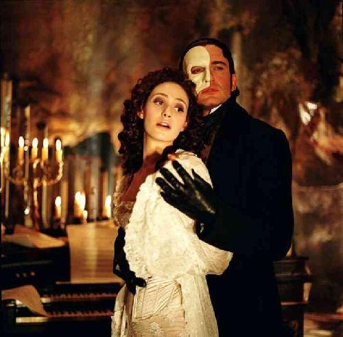 Résultats de recherche d'images pour «fantom of the opera»