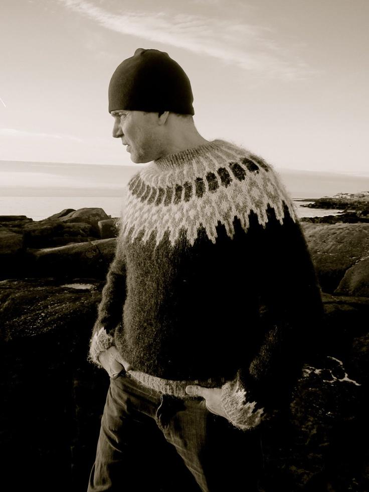Odinn - a classic Icelandic yoke sweater, knitting kit size M/L