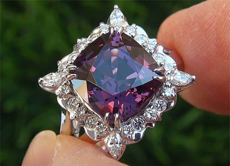 Gia Certified 6 70 Ct Vvs Purple Spinel Diamond Platinum
