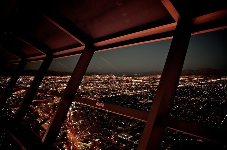 LV skyline from the Stratosphere Tower by Edgar @ http://adoroletuefoto.it