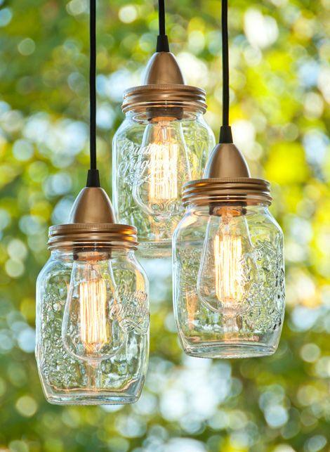Maak prachtige kroonluchters van glazen potten// Create beautiful chandeliers out of glass jars