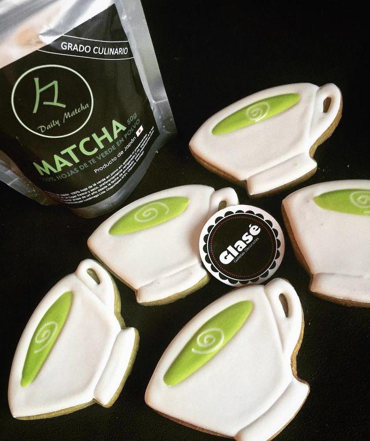 Espectaculares galletas hechas con nuestro #MatchaChile puedes encontrar en @glase_galletasdecoradas  www.matchachile.cl ------ #galletas #matchalovers #culinario #rico #matcha #matchacookies #chile #antioxidantes #detox #cookies