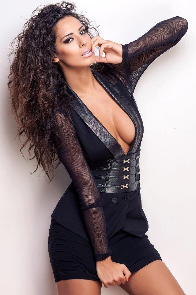 Thick sexy italian women
