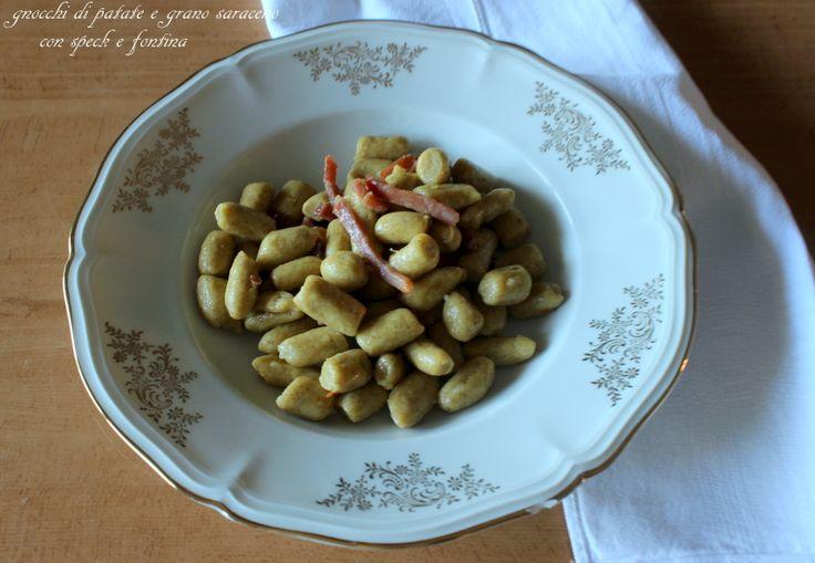 Gnocchi di patate e grano saraceno con speck e fontina http://www.ungiornosenzafretta.ifood.it/2015/11/gnocchi-di-patate-e-grano-saraceno-con-speck-e-fontina.html#more-27774