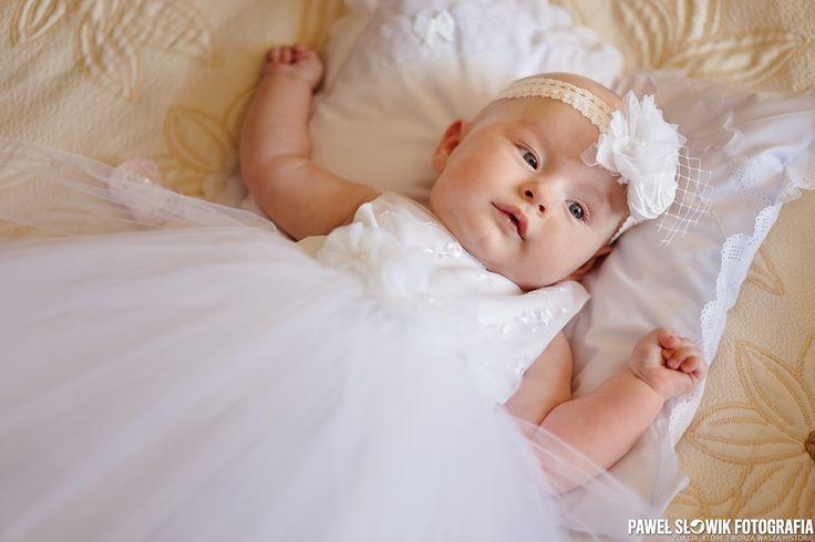 Szukacie fotografa na chrzest Waszej pociechy... piszcie śmiało ;) http://www.sesjadziecieca.pl/