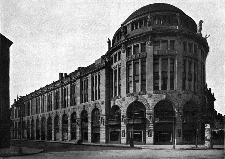 """Built 1911-12 - The newly built """"Haus Potsdam,"""" later called """"Haus Vaterland"""" on Potsdamer Platz in Berlin-Tiergarten. Architect: Franz Schwechten. On the left is Königgrätzer Straße, now called Stresemannstraße."""