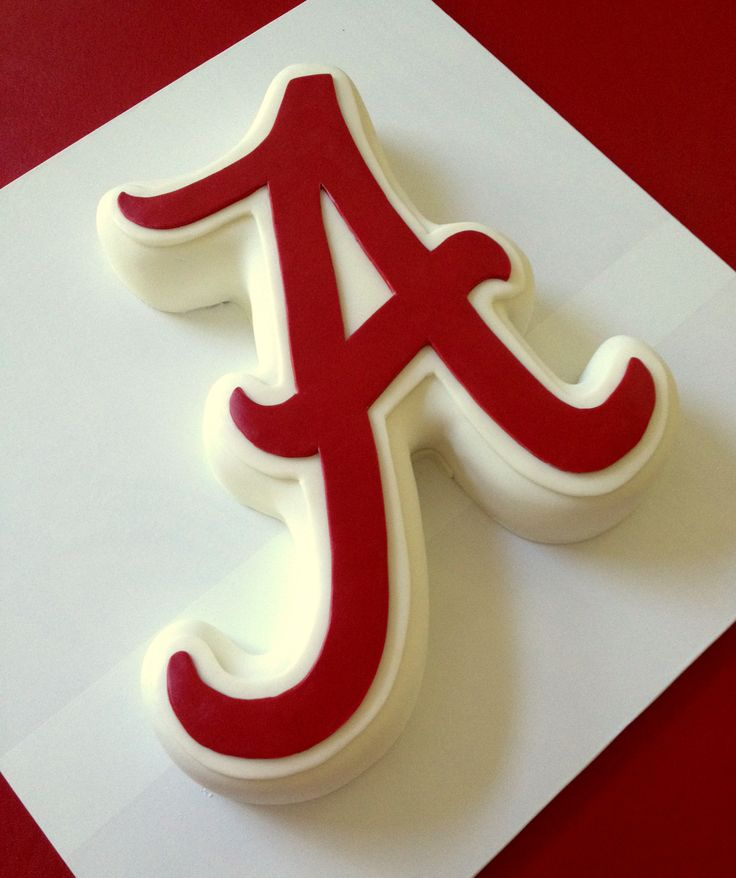 University of Alabama - A shaped cake How to tutorial at:  http://caketalkblogger.blogspot.com/2014/06/shape-it-up.html