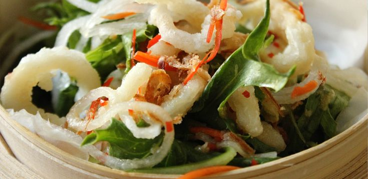 My Thai Salad with Deep-fried Squid #seafood #thai #cooking