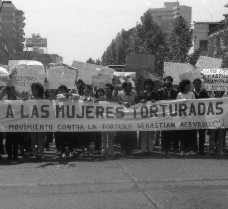archivo fotos represion chile - Buscar con Google