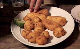 Como fazer bolinho de bacalhau para a ceia de Natal: veja a receita de Rodrigo Hilbert.
