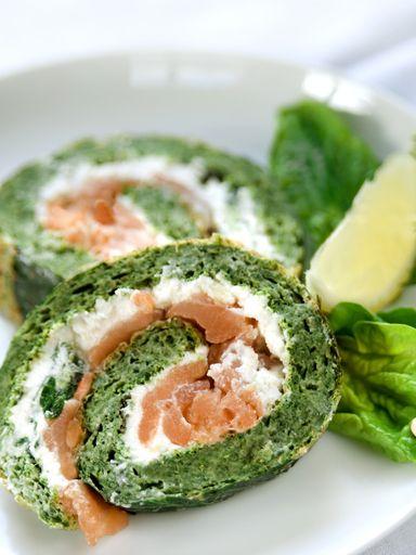 Roulé au saumon et aux épinards - Marche pas des masses avec les épinards à la crème. Bien faire cuire le rouleau!