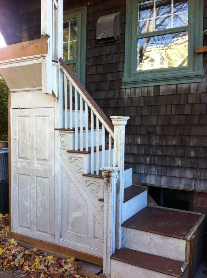 Rhode Island 1780 Federal Style staircase for sale on ...