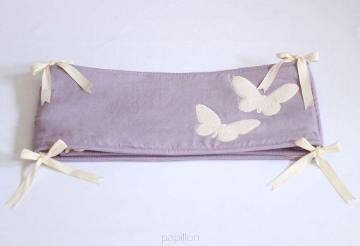 Lniany ochraniacz z motylkami - linen bumper with butterflies - nursery inspirations http://www.papillon-shop.pl/lniany-ochraniacz-motylki.html