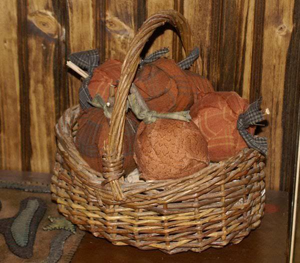 50 Different Pumpkin Crafts for Fall: Fall Pumpkin, Pumpkin Crafts, Fall Crafts, Ball Pumpkin Styrofoam, Pumpkins, Easy Scrap, Autumn Crafts, Emily Blog, Scrap Ball