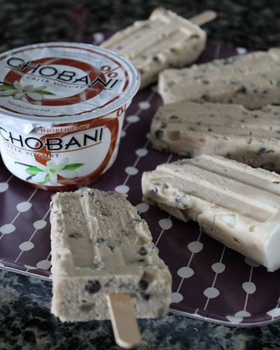Wilde in the Kitchen: Chocolate Chip Cookie Dough Yogurt Popsicles