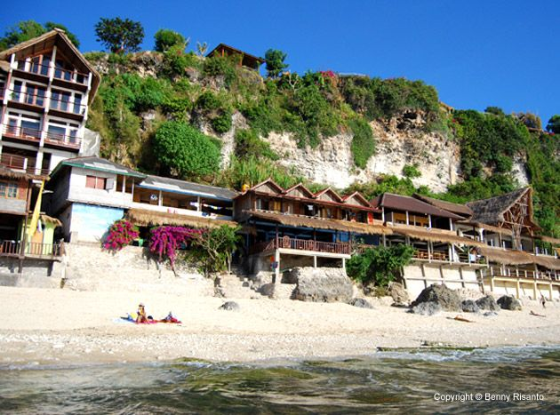 Bingin Beach, Labuan Sait, Bali, Indonesia. yup! That's me and only me... http://www.beeamazing.com/my-5-favorite-beaches-in-bali/