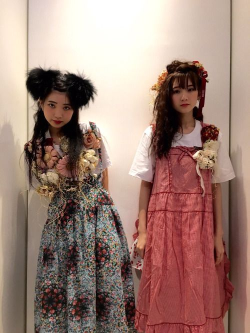 The Idol Formerly Known as Ladybaby ( 黒宮れい / Rei Kuromiya | 金子理江 / Rie Kaneko )
