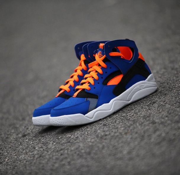 "Eye Candy: Nike Air Flight Huarache ""Knicks"" http://www.nicekicks.com/2015/03/07/nike-air-flight-huarache-knicks/"