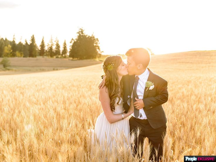 Inside Little People, Big World Star Zach Roloff's Ultimate Country-Chic Wedding http://www.people.com/article/little-people-big-world-zach-roloff-wedding-details