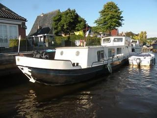 widebeam dutch barge canal boat liveaboard houseboat london PRICED TO SELL Kentish Town Picture 1