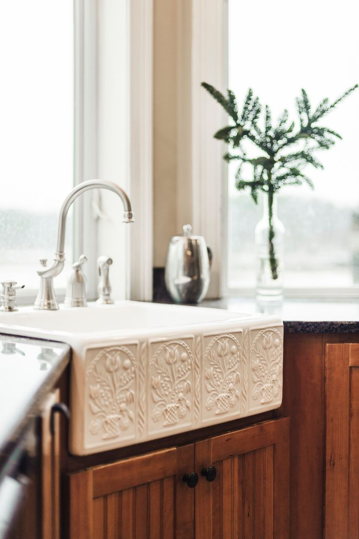 The Corry's rustic farmhouse sink.