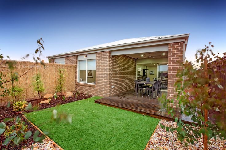 The Enfield is a family home with all the stylish design basics you'd expect, plus a few terrific extras you didn't!    Visit: www.mimosahomes.com.au  Call: 1300 MIMOSA