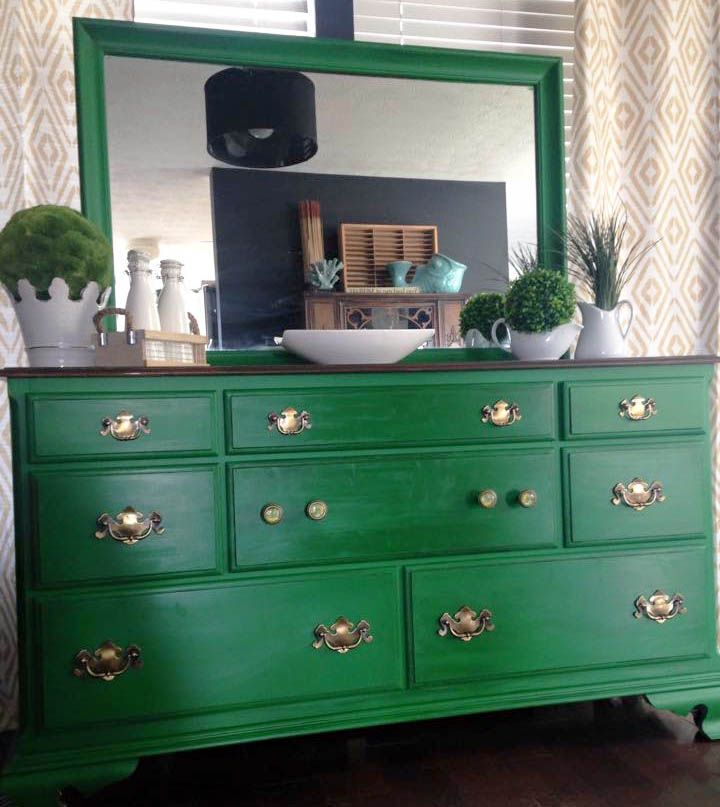 Emerald dresser stains posts and milk paint - How to mix emerald green paint ...