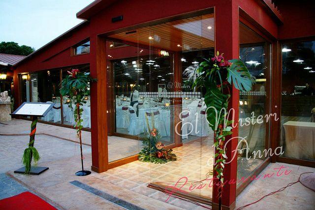 Decoraci n entrada y atril tematizados adornos florales para bodas pinterest - Atril decoracion ...