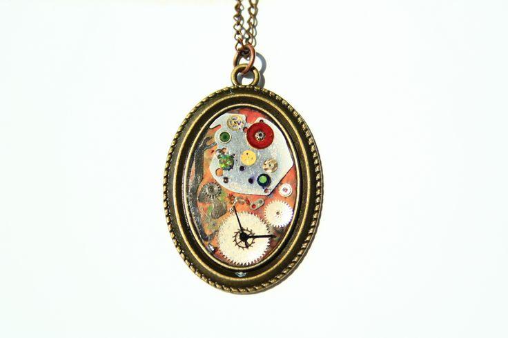 steampunk pendant by JeanneNoire Handmade Crafts https://www.facebook.com/JeanneNoire.HandmadeCrafts
