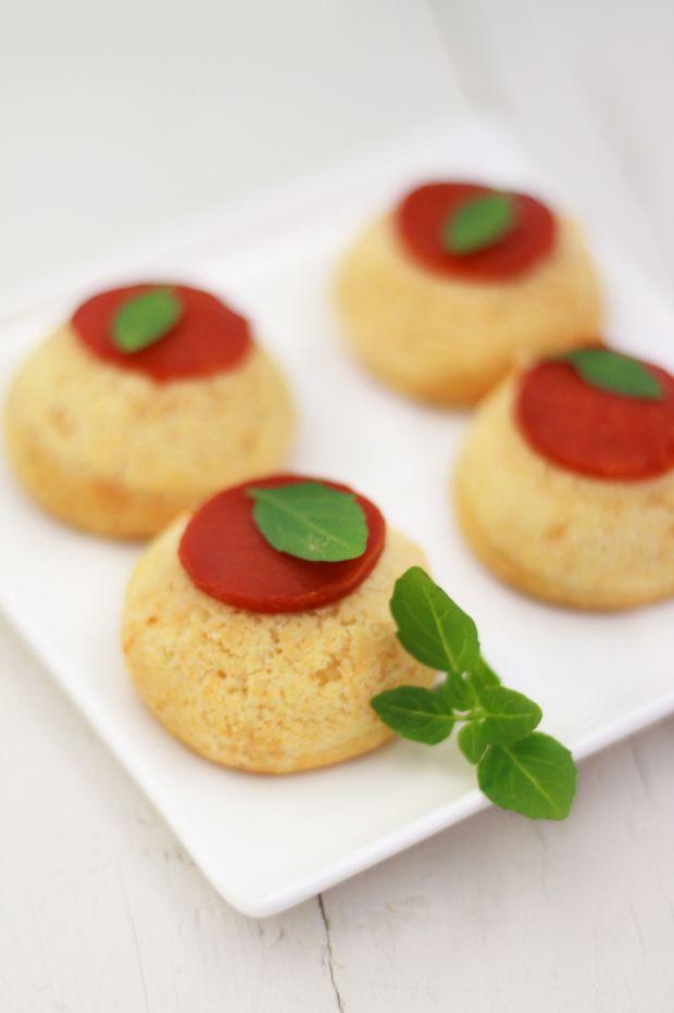 Choux tomates Mozzarella http://fraise-basilic.com/choux-tomates-mozarella/MOZZARELLA {BATTLE FOOD #7}