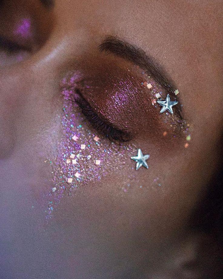 Zendaya Eyeshadow Eye Makeup In 2020 Glitter Makeup Looks Rave Makeup Aesthetic Makeup
