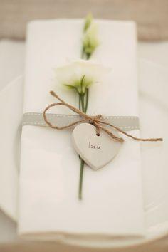 12 Unique Ideas For Wedding Place Cards