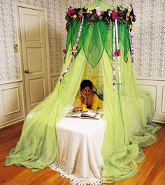 Best 20 childrens bed canopy ideas on pinterest for Fairy princess bedroom ideas