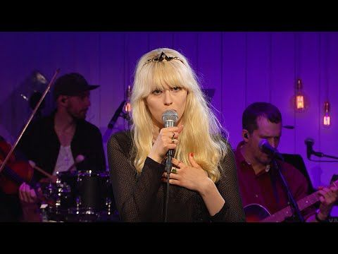 Amanda Jenssen - Vågar du vara ensam i natt - Så mycket bättre (TV4) - YouTube