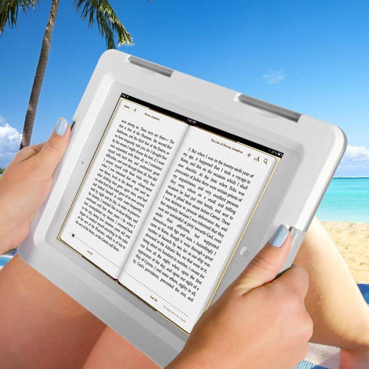 thumbsUp Waterdichte case voor iPad  Description: Met de Waterdichte case voor iPad van thumbsUp kun je met een gerust hart een boekje lezen op het strand of aan het zwembad. Deze hoes zorgt ervoor dat jouw iPad 2 of iPad 3 volledig beschermd is tegen water. In deze hoes kun je de iPad alsnog volledig bedienen waardoor je dus lekker met vrienden kan Skypen terwijl je in het zwembad drijft. Je koopt de Waterdichte case voor iPad online bij Ditverzinjeniet.nl.  Price: 29.95  Meer informatie