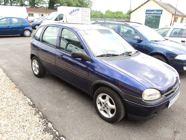 Opel Corsa 1.4i SWING from 1993. I have driven only a few times on private property untill 2010.