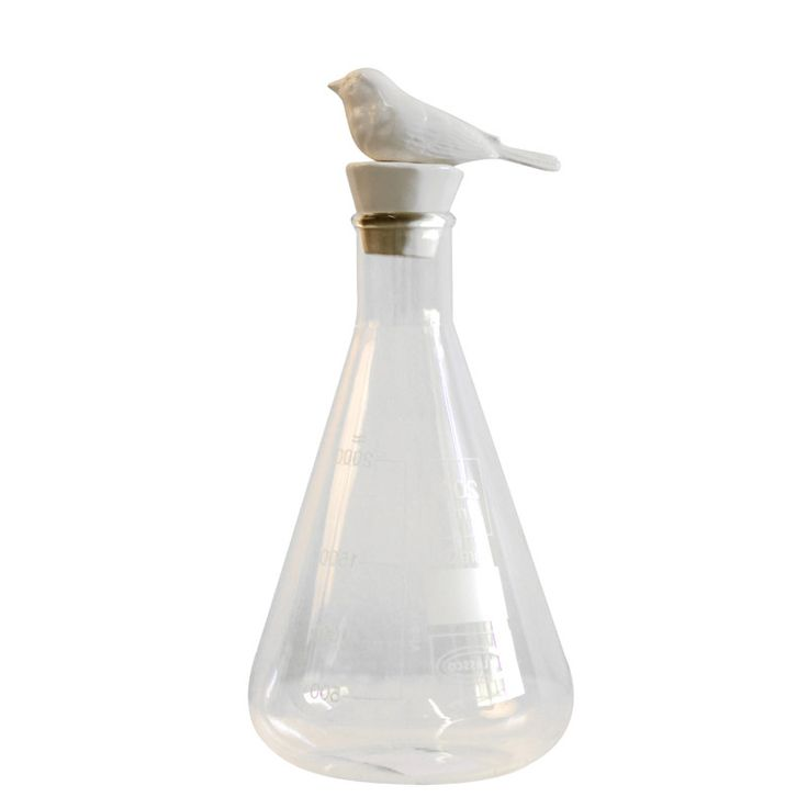 The Bird stopper is inspired by a South African Swallow and is made out of stoneware.