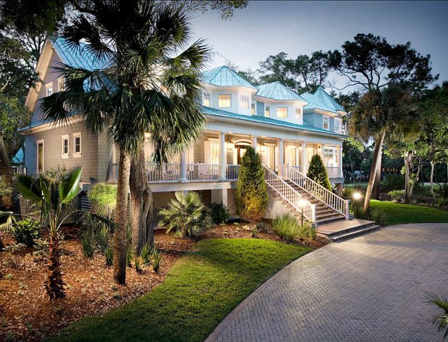 Coastal Inpired Home. Coastal Home Ideas. Beautiful Coastal home with coastal interiors. #CoastalHome #Coastal #CoastalInteriors