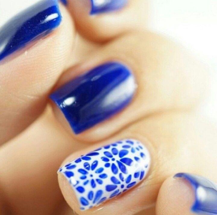 Spode Porcelain dish mani | See more nail designs at http://www.nailsss.com/nail-styles-2014/ #nailart