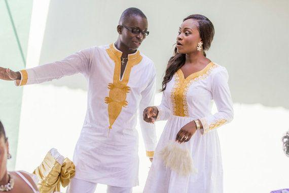 African brodé Couple tenues pour toutes les tailles. Fabriqué sur commande.  Top hommes avec robe de dames  Toutes nos tenues sont adaptées à partir