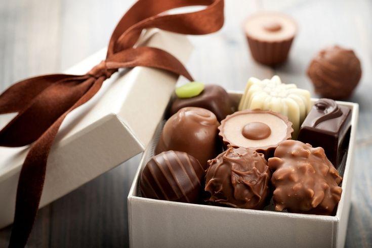 Мы готовы поделиться с Вами секретными рецептами самых любимых конфет. Любителям сладкого к прочтению обязательно!