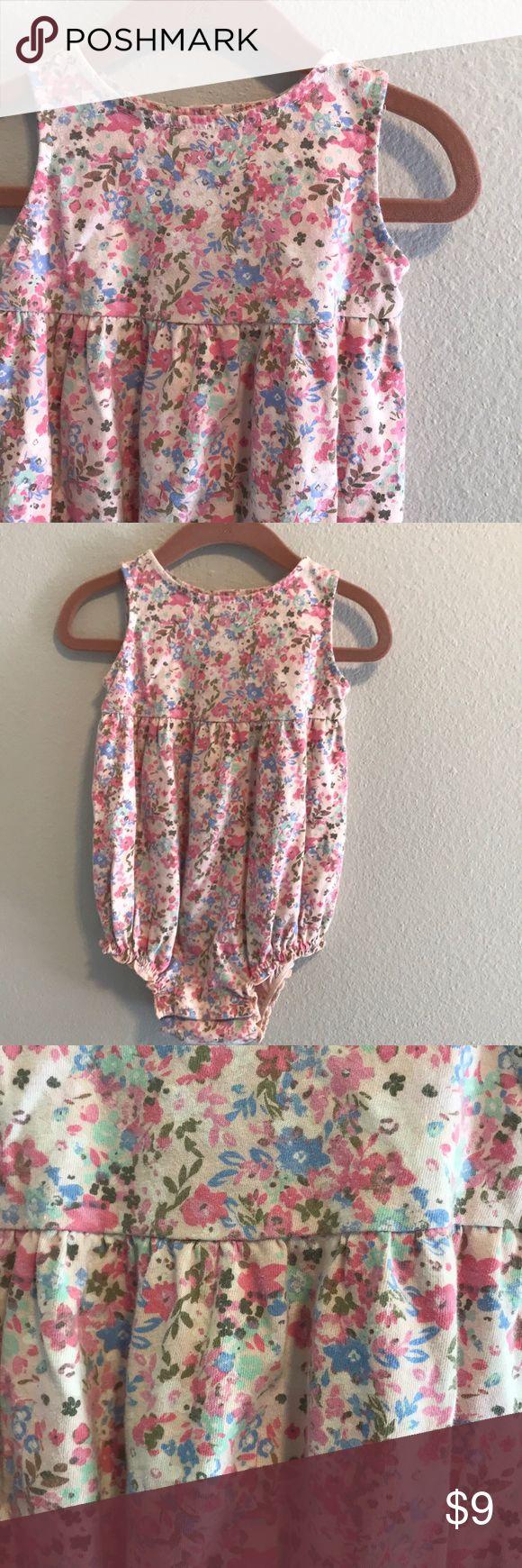 Old Navy 18-24 months floral onesie Adorable floral onesie! Old Navy One Pieces Bodysuits