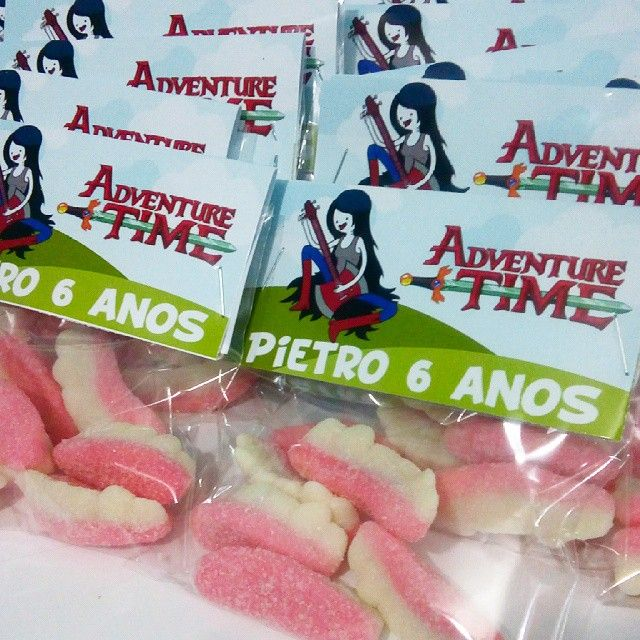 Dentes de vampiro da Marceline #festaadventuretime #festahoradeaventura