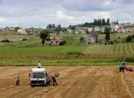 #Landgrabbing dietro alla #guerra in #Ucraina: «Terre svendute per piantarci #OGM proibiti nell' #Ue»