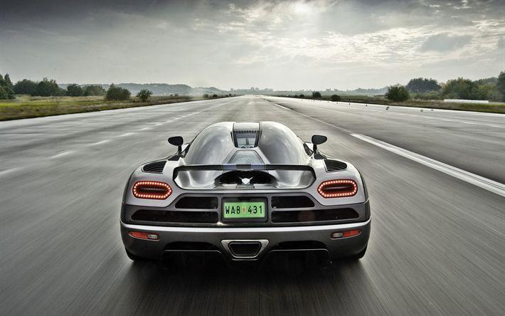 Download wallpapers Koenigsegg Agera, 4k, rear view, hypercar, sports coupe, racing car, Koenigsegg